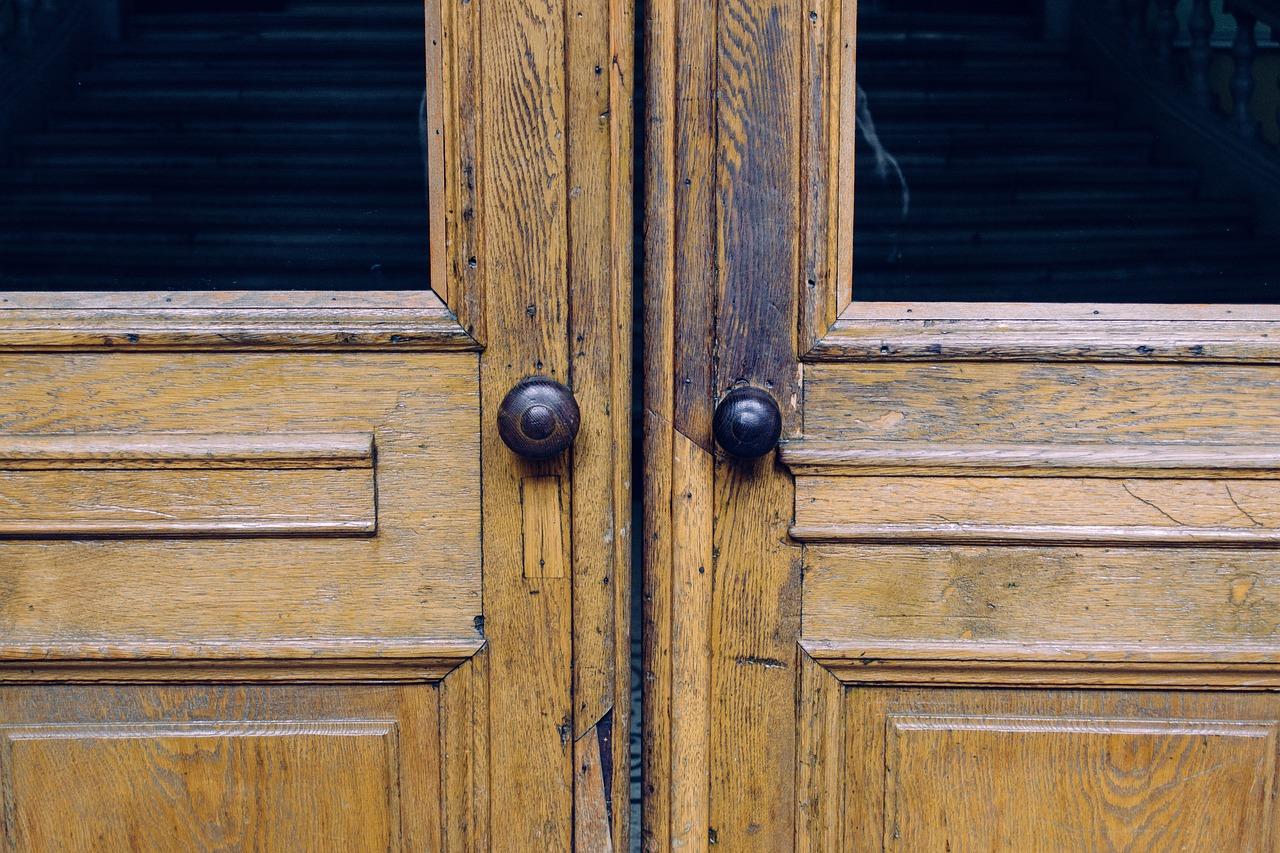 Quels sont les avantages du bois pour vos menuiseries intérieures ?